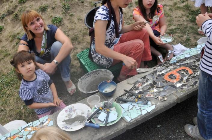 201106_vav_genets_mosaique_banc_fontaine-_18