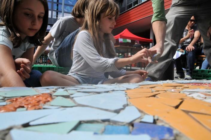 201106_vav_genets_mosaique_banc_fontaine-_28