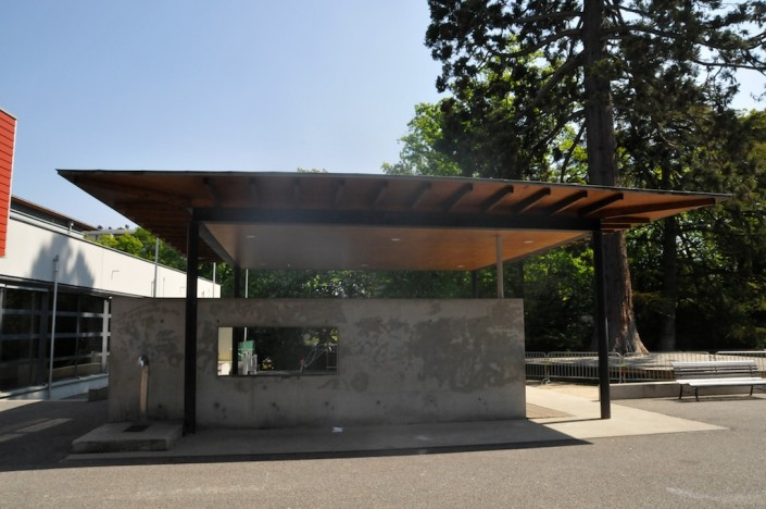 201104_vav_genets_mosaique_banc_fontaine-_01