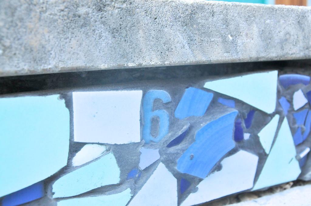 vav_st_jean_train_bleu_33